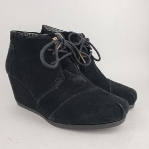 Toms Black Leather  Lace Up Wedges Ankle Boots 7.5